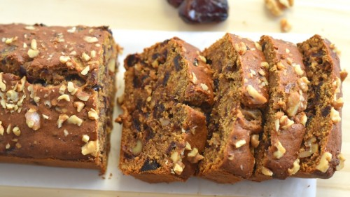 Dates and Walnut Cakes in Chennai for Christmas