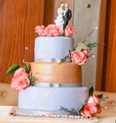 3 Tier Elegant Wedding Cakes Chennai